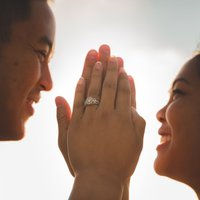 An In-Depth Guide to Buying an Engagement Ring